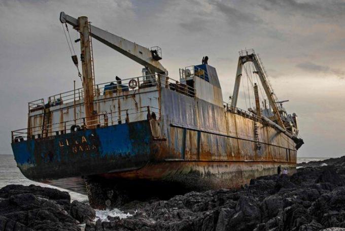 Increíble pero real. Un buque fantasma apareció en Irlanda luego de atravesar el océano atlántico
