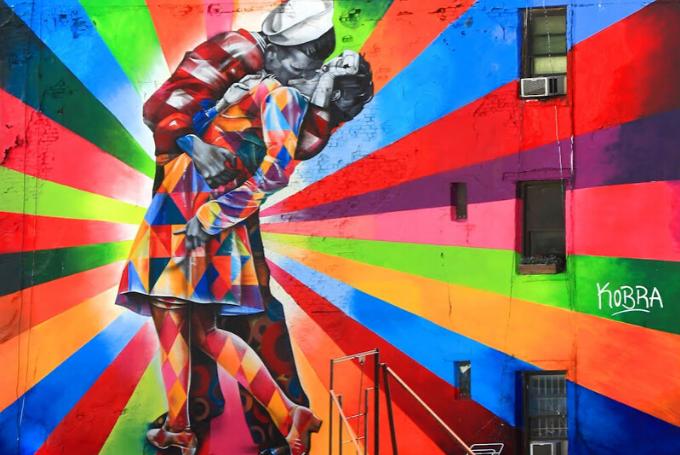 Eduardo Kobra. El muralista brasileño pop