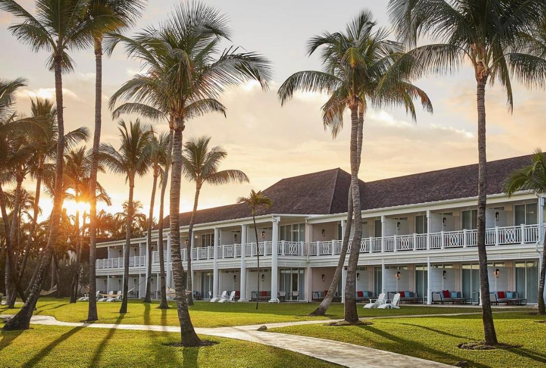 Four Seasons Ocean Club. Paradise Island, Bahamas
